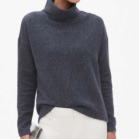 76d8f5b1 Banana Republic Factory Sweaters | Nwt Textured Funnel Neck ...